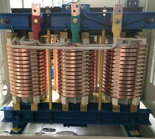 三相低电压大电流变压器