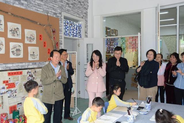 省幼教中心视导工作组到乡宁县新城区幼儿园调研指导工作