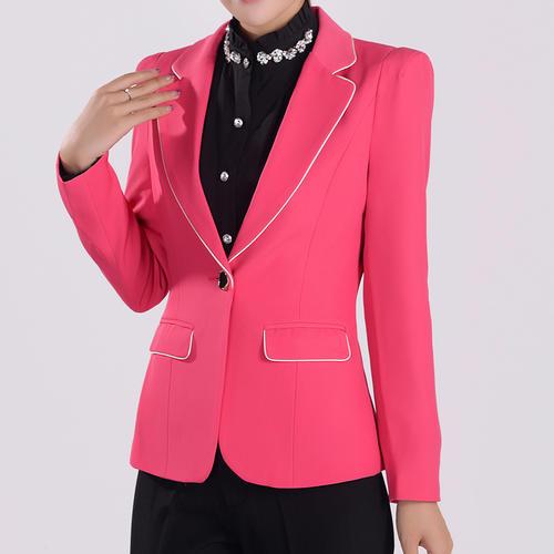 时尚可爱粉色高大尚修身西装