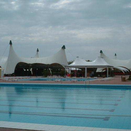 游泳池膜結構