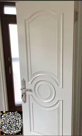实木复合烤漆门.jpg