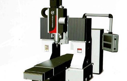 小型静龙门搅拌摩擦焊设备