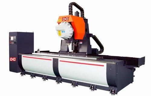 SA系列三軸鋁型材加工中心