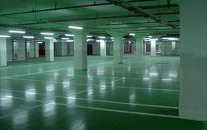 水性地坪环氧树脂砂浆平涂地坪漆施工工艺基面清扫与地面修补