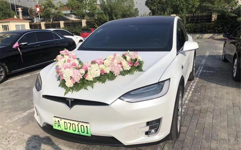 上海婚庆租车-特斯拉X鹰翼门
