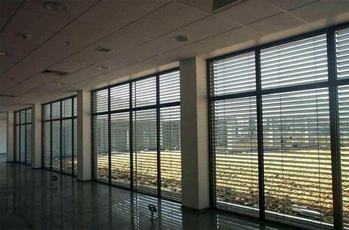 外墙铝合金升降百叶(CR80),上海募荣智能遮阳技术有限公司