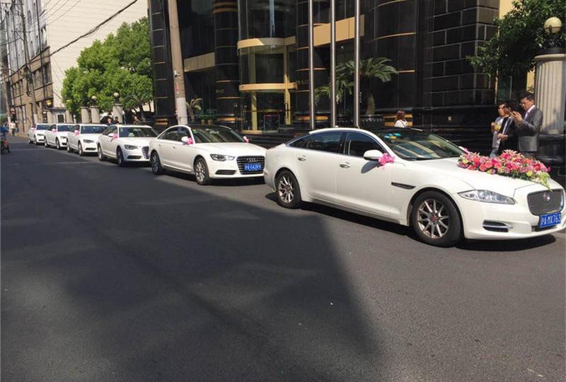 上海婚庆租车网  婚车图片 婚车价格一览表 租奔驰宾利头车
