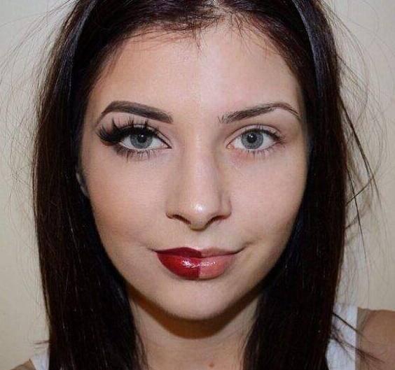 美博会教大家如何来化妆可以使得眼睛变大不少