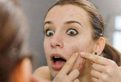 脸上不同阶段的痘痘如何来化妆比较好