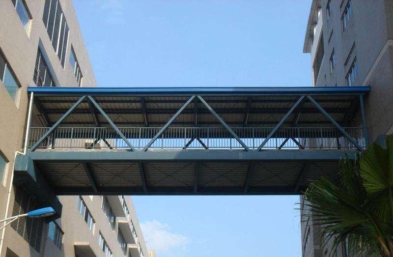 钢结构桥梁.jpg