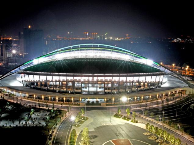 淮安钢结构屋面体育场