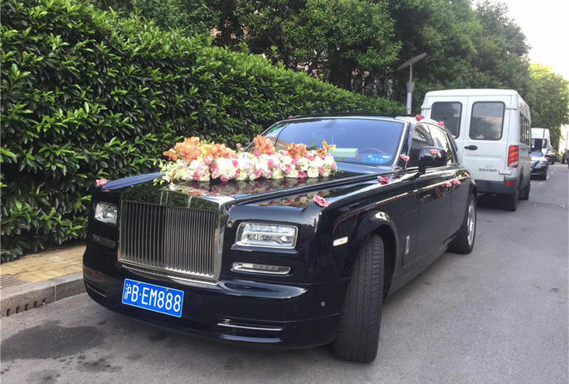 上海婚车租赁 婚礼租车 劳斯莱斯幻影婚庆租车价格