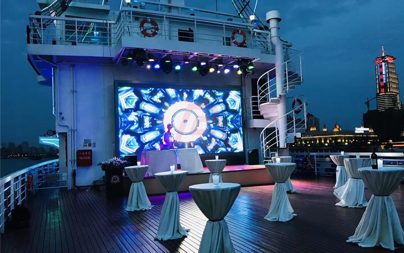 船长8号自助餐 海盗船自助餐 浦江游览船餐预定