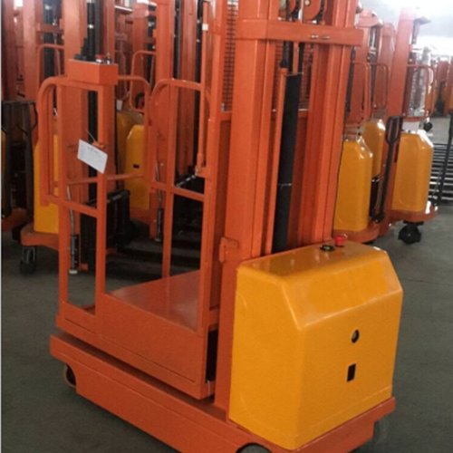 上海瑞华集团某酒业全电动取货车