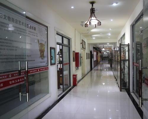 艺术品交流长廊