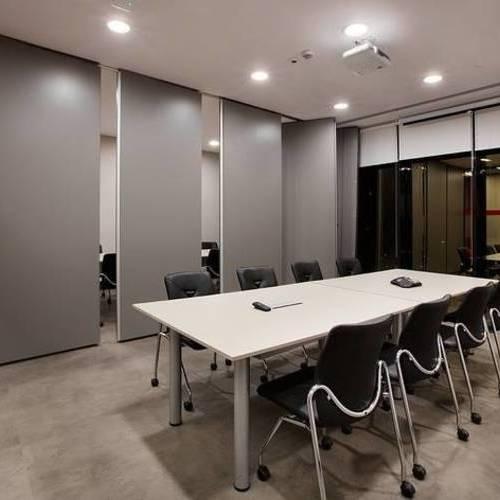 上海办公室装修墙面如何处理设计