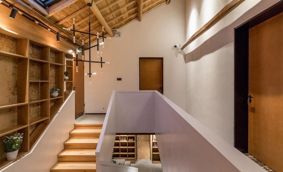 018-reconstruction-design-of-tianmu-mountain-homestay-china-by-hangzhou-ju-he-architecture-design-firm-960x583.jpg