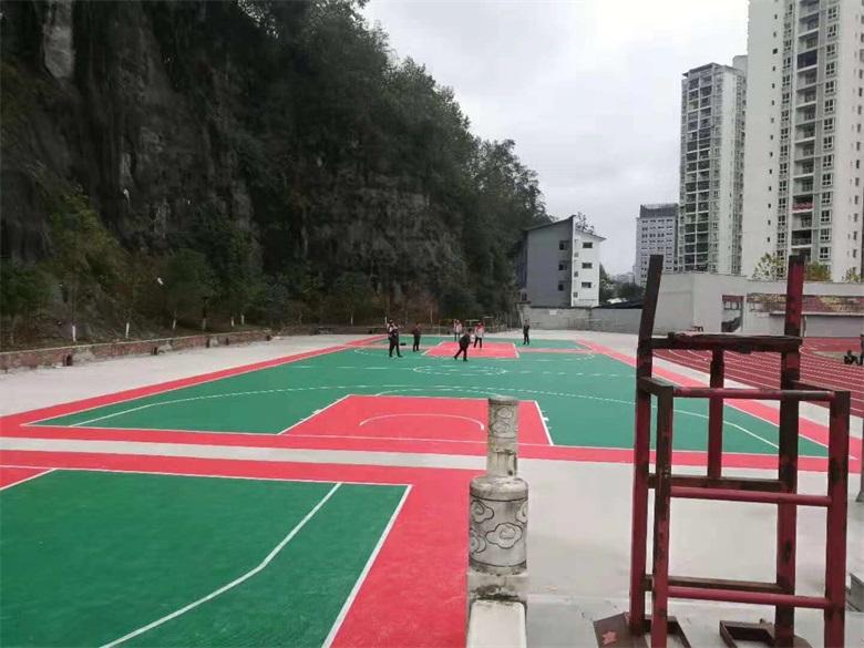 悬浮篮球场d.jpg