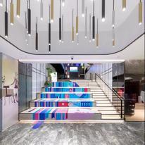上海桥梁办公室设计,灯光让空间变得更有趣味