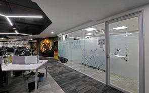 如何设计200平方的办公室装修布局?