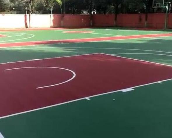 學校運動場地矽PU球場施工前期路面基礎地基終壓實操