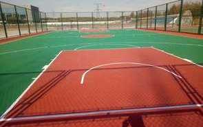 硅PU球場的籃球場及足球場工程施工