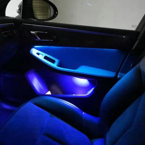 贵阳金阳翼车汇保时捷安装升级内饰氛围灯