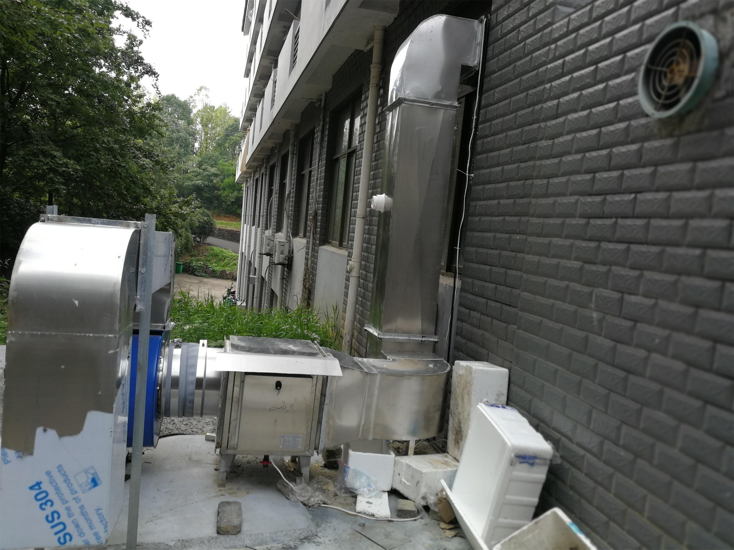 温泉湖生活区改造工程 (3).jpg