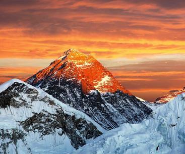 珠穆朗玛峰 Everest
