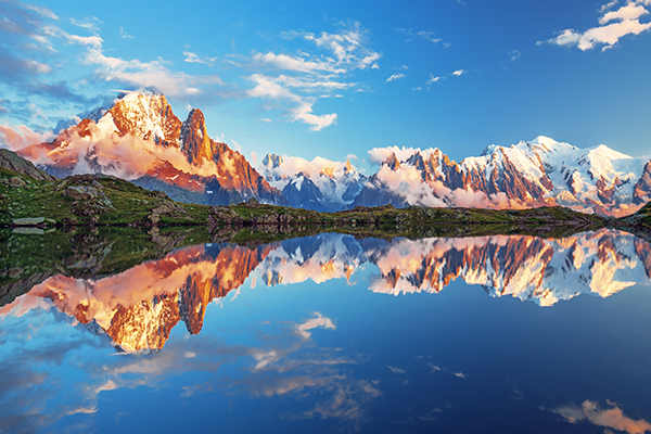 F1203109SSK_1450654715 法国阿尔卑斯山布兰克湖 Lake blanc in the French Alps.jpg