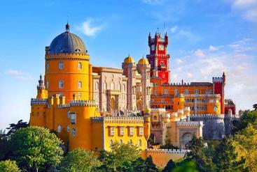 葡萄牙 里斯本 辛特拉的佩尼亚宫殿 Palace of Pena in Sintra Lisbon Portugal