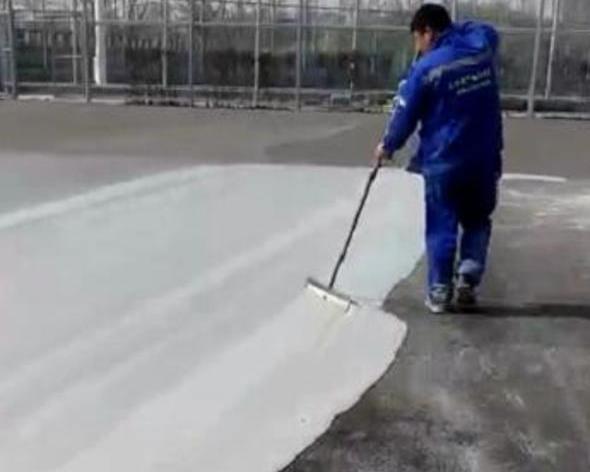 运动球场材料施工期间对应的保护水质工作