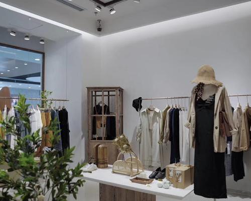 服装店特卖活动设计,服装专柜装修设计,服装店SI设计