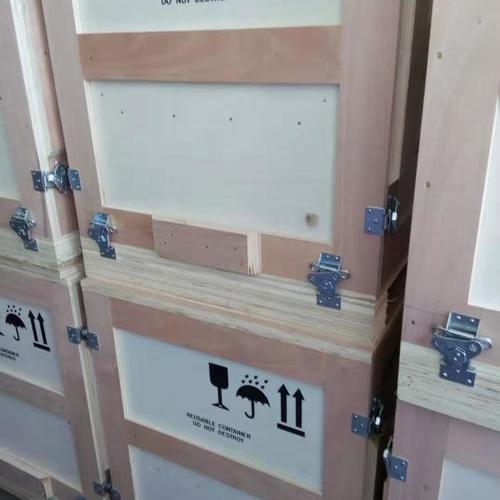 出口锁扣木箱