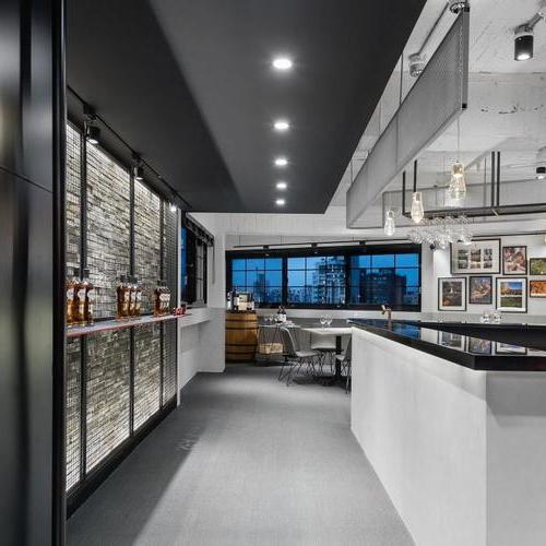 老屋改造工业风网红酒吧 | 蓝信空间设计