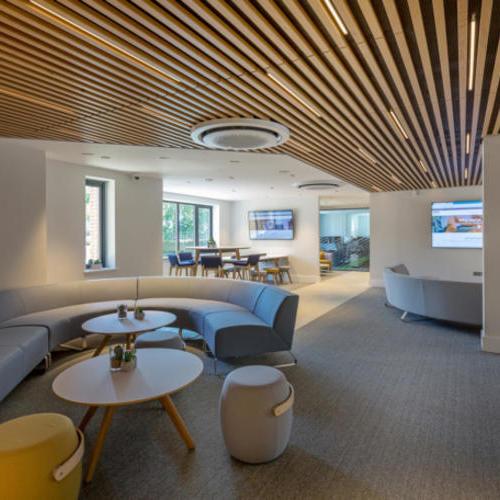 现代化极简办公空间 | 蓝信空间设计