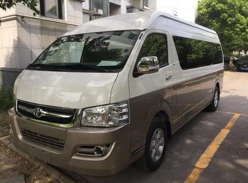 豐田海獅商務車(17座)