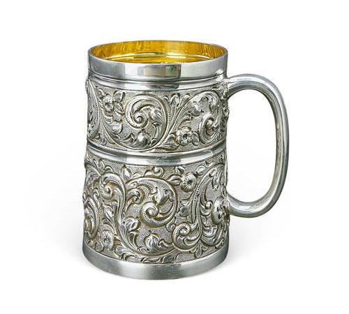 020  浮雕花式银杯(一)