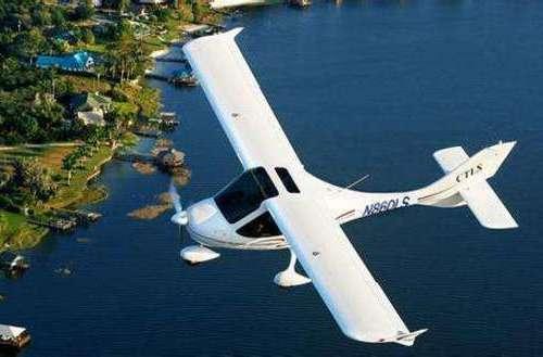 全玻纤复材四座固定翼飞机完成静力试验有望年底首飞