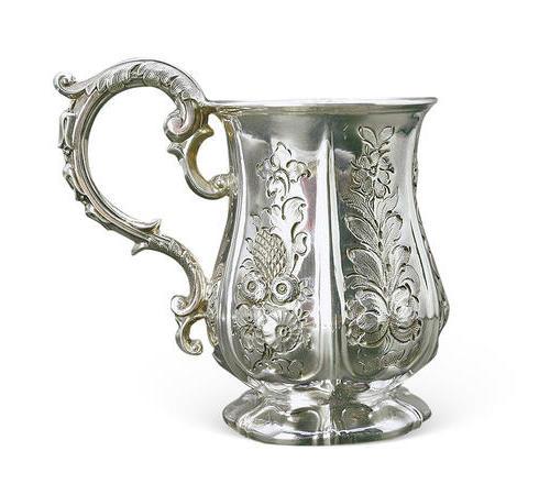 022  高浮雕花式银杯