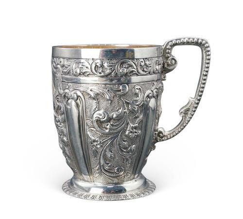 021  浮雕花式银杯(二)