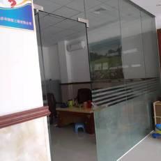 东莞玻璃门安装店