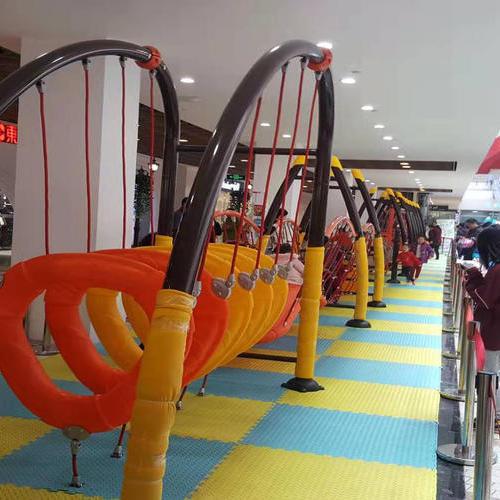 儿童趣味型游乐设施及老年健身器材