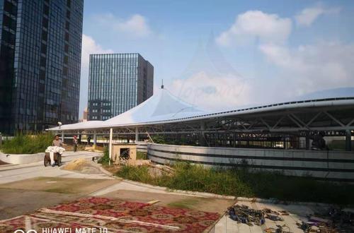 重庆市铜梁区财富中心屋顶膜结构工程