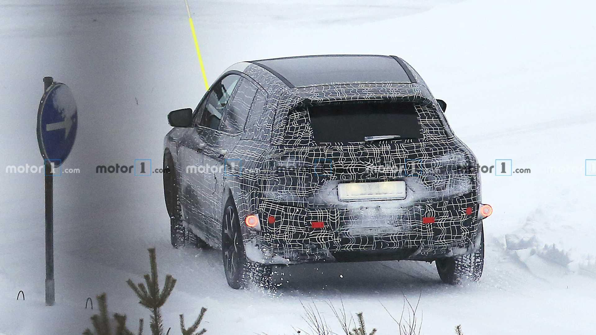 宝马iNext电动跨界SUV谍照曝光 将提供L3级自动驾驶