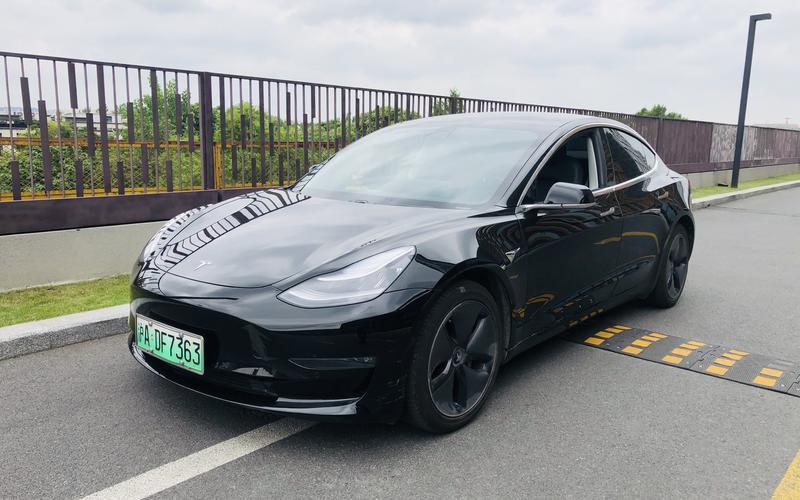 新能源-特斯拉Model 3自驾