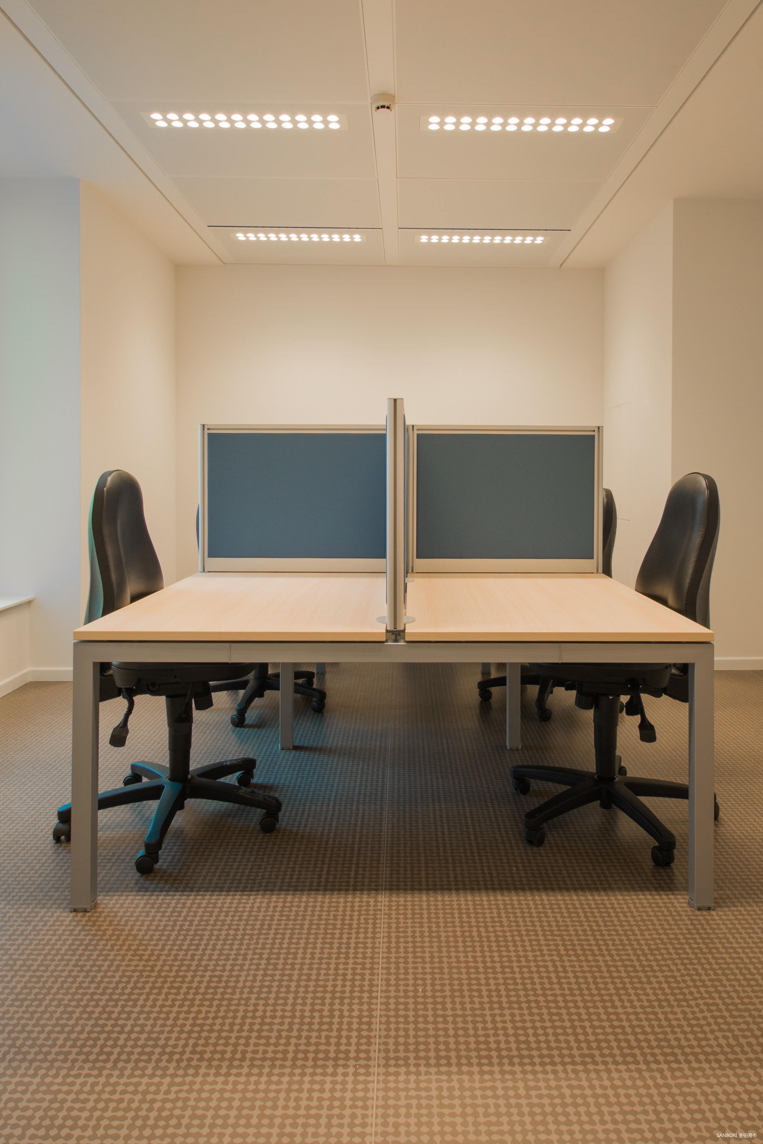 business-chair-chairs-contemporary-273671.jpg