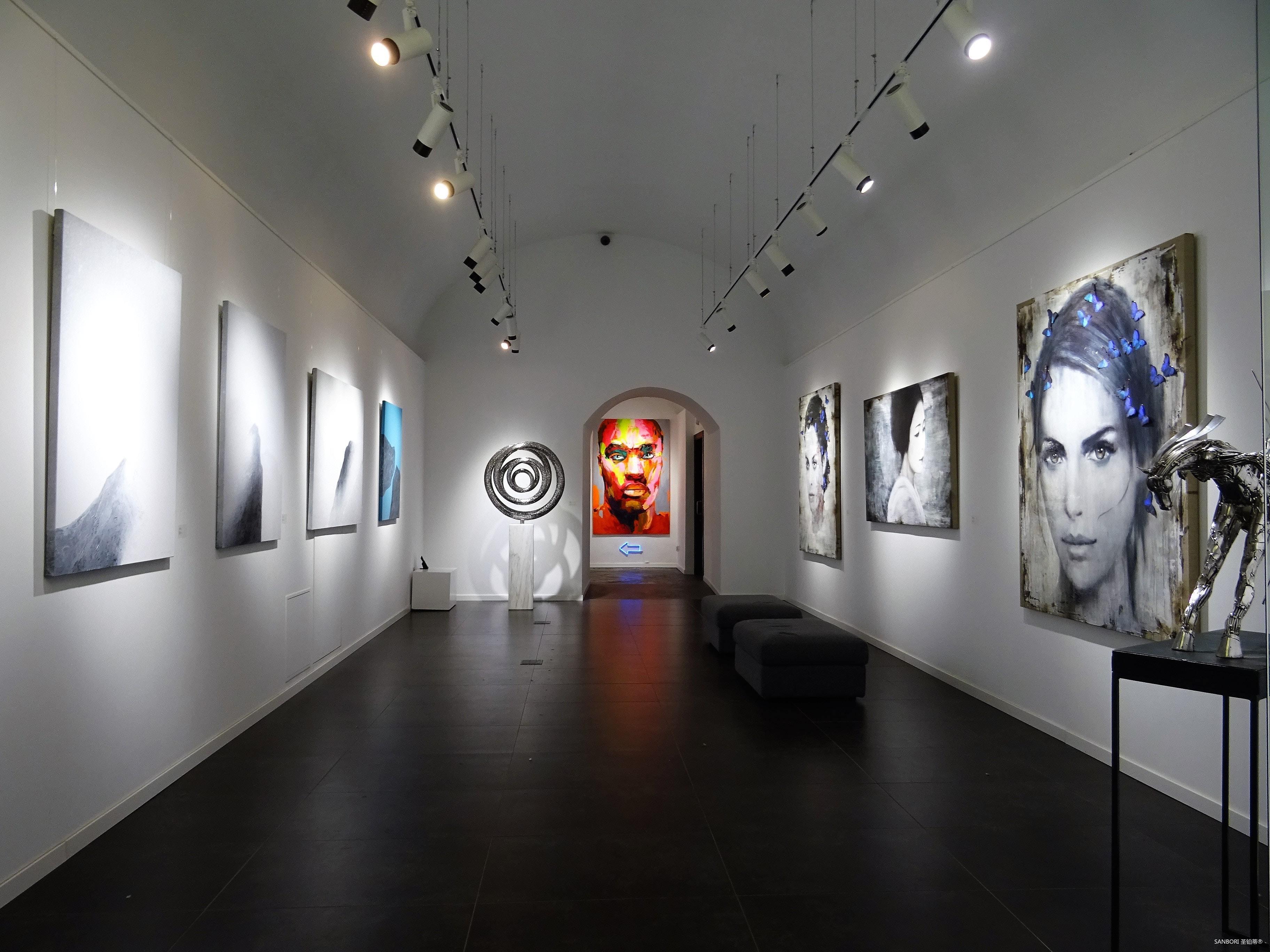 art-exhibit-1604991.jpg