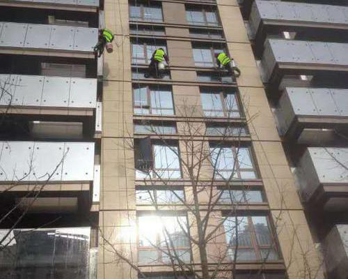 嘉禾大厦外墙清洗
