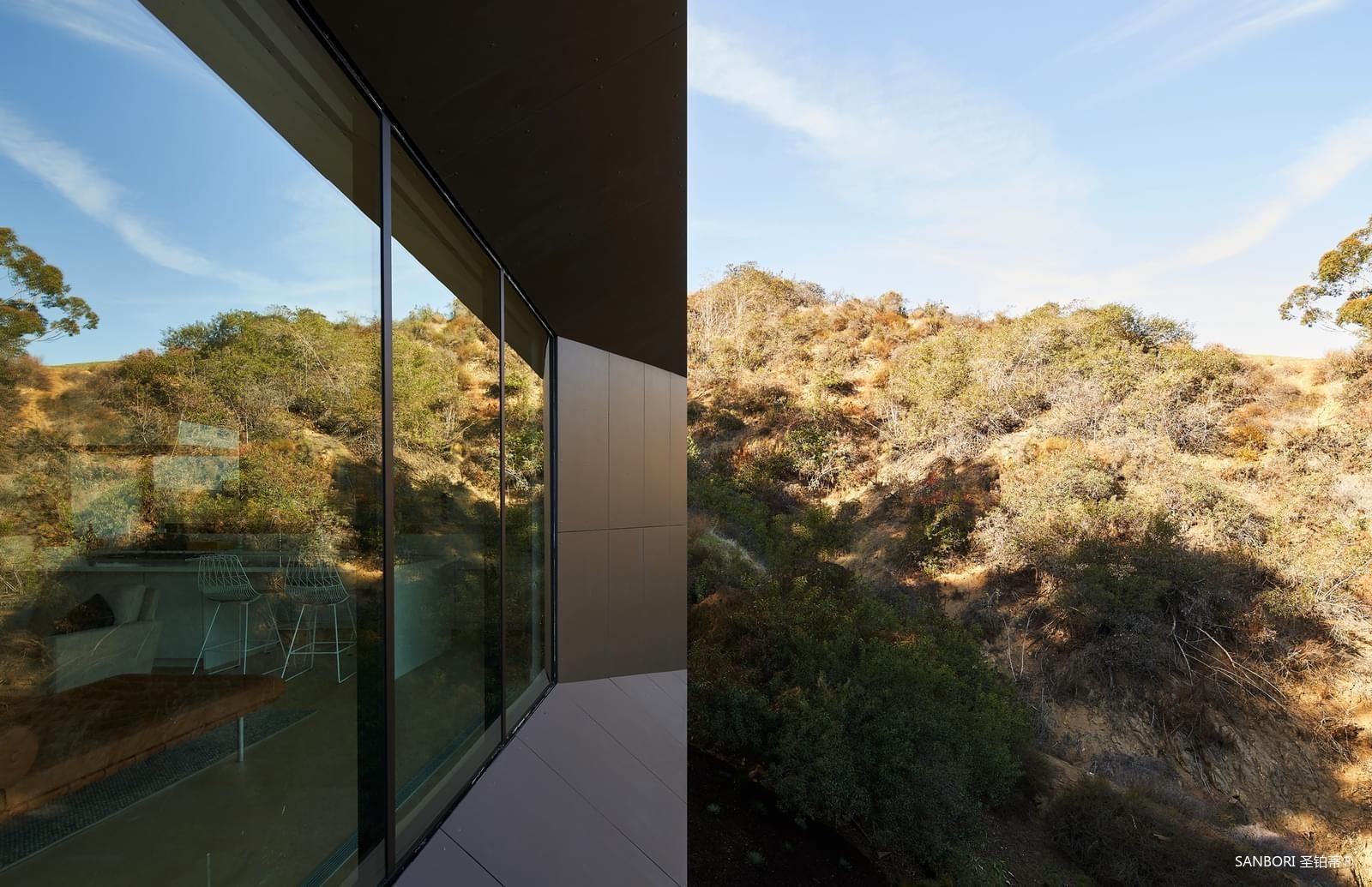 Montalba-Architects1-2.jpg